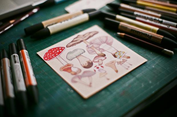 Илюстрация към Плесента, която шепти, от Хараламби Марков
